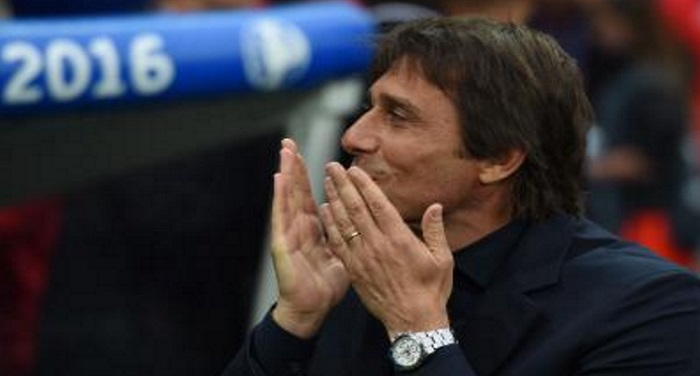 the-conte-ordered-the-players-change-the-game