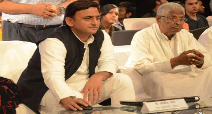 akhilesh-to-mayawati-people-are-not-forgotten-bjp-bsp-rakhi-love