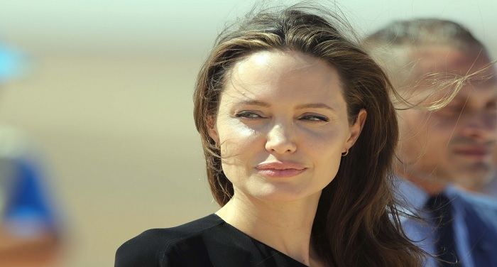 angelina-jolie-hired-two-more-lawyer-for-legal-advice