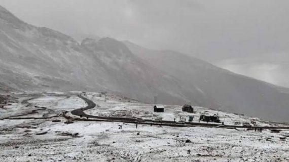 मौसम ने ली करवट, पहाड़ी इलाकों में बर्फबारी