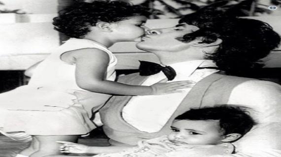 अमिताभ बच्चन से शेयर की 40 साल पुरानी तस्वीर