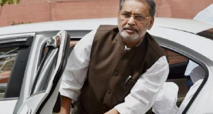 Kanpur Station 11 कृषि मंत्री पर अंडे फेंकने के मामले में 5 गिरफ्तार