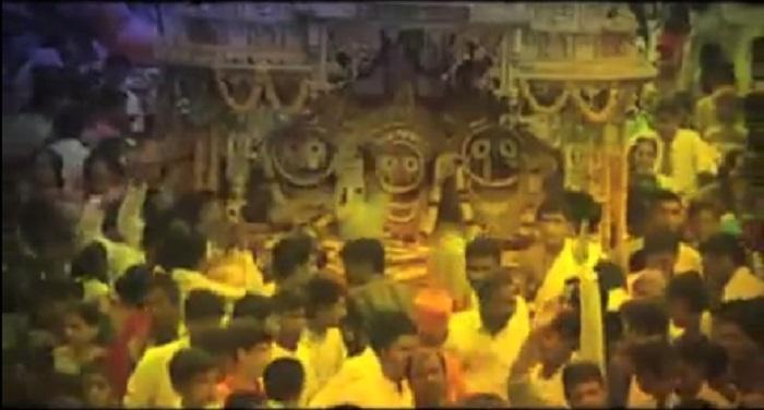 rath yatra जाने क्यूं आता है भगवान को बुखार