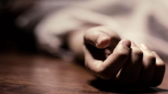 पिता की मृत्यु के बाद युवती ने की खुदकशी : पंजाब