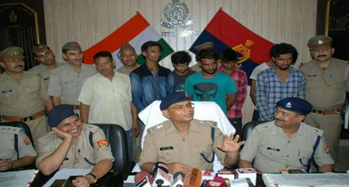 Bhole Baba, worship, police, arrested, 7 thieves, police, crime,