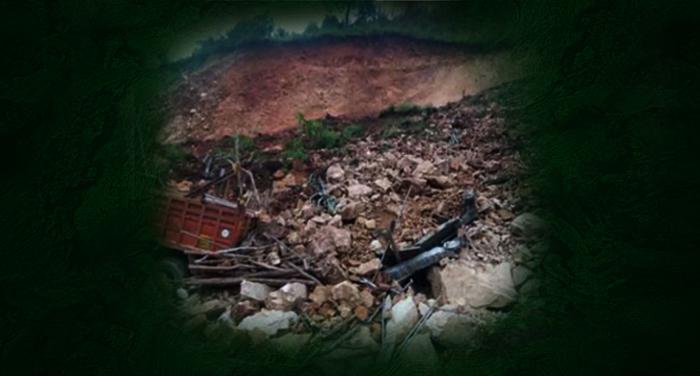 uttrakhand city, shop damage, landslide, chamiyala market