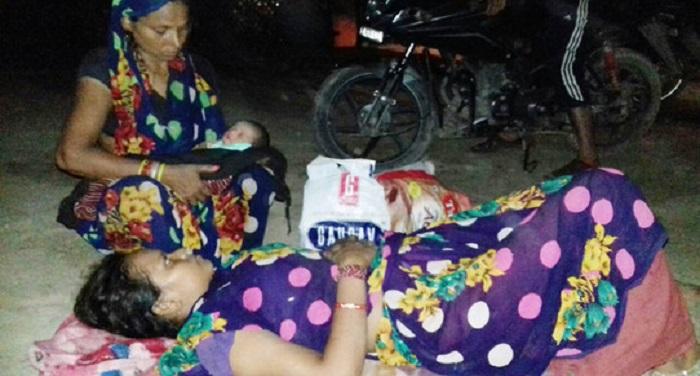 Female, ambulances, delivery, hospital, uttar pradesh, Carelessness