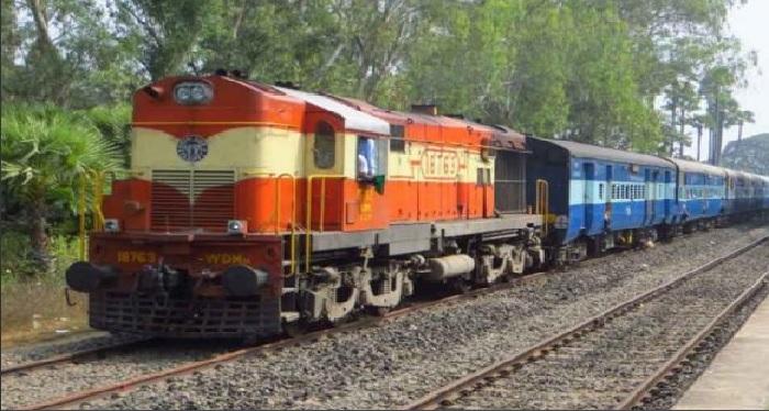 Strike, Luxor, rail line, affecting, many train, haridwar