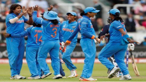 इंग्लैंड ने दिया भारतीय टीम को 229 रनों का लक्ष्य