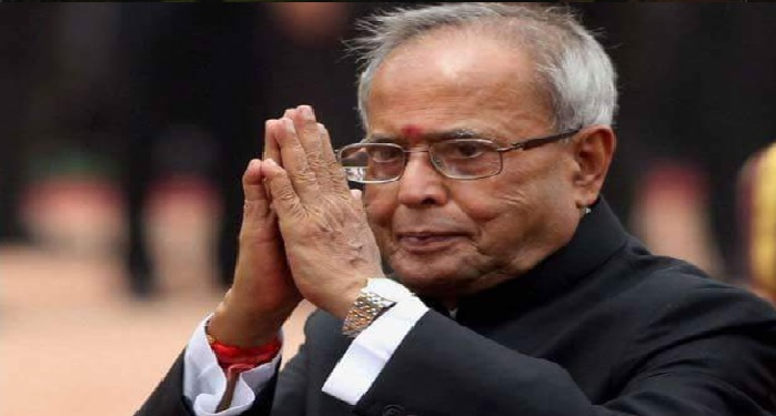 president, pranab mukherjee, smoking, pipe, rashtrapati bhawan