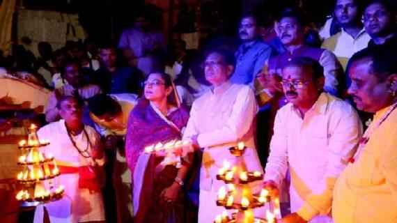 मुख्यमंत्री ने अमरकंटक में की मां नर्मदा की आरती
