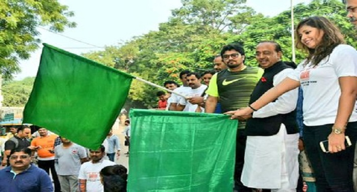 youth, participated, eighth slum race, Union Sports Minister, Vijay Goel