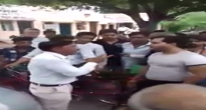 young man, beaten up, fake lawyer,court, crime, police,