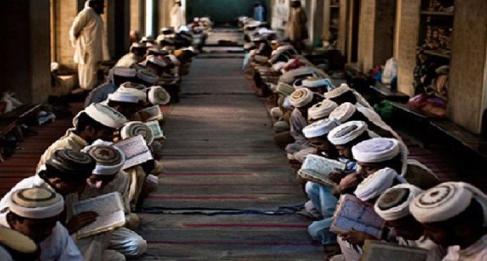bareilly qazi, barelvi, madrasas, celebrate, i day, national anth