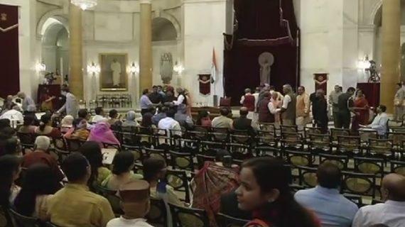 मंत्रिमंडल विस्तार समारोह पूरा, 4 मंत्रियों को मिला प्रमोशन