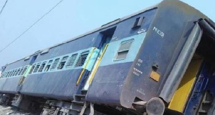 Sealdah Expresss, jammu staition, empty container, derailed, nid