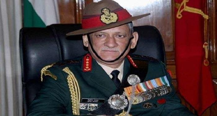 623805 bipin rawat pti सेना प्रमुख ने किए काशी विश्वनाथ के दर्शन, भारतीय सेना की सुरक्षा की मांगी दुआ
