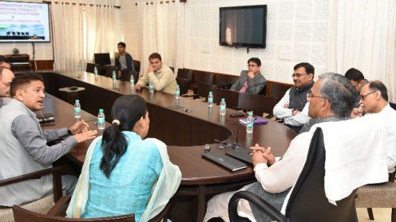 सैन्य सेवाओं की तैयारी के लिए सूबे में खुलेगा प्रशिक्षण केन्द्र: सीएम त्रिवेन्द्र सिंह रावत