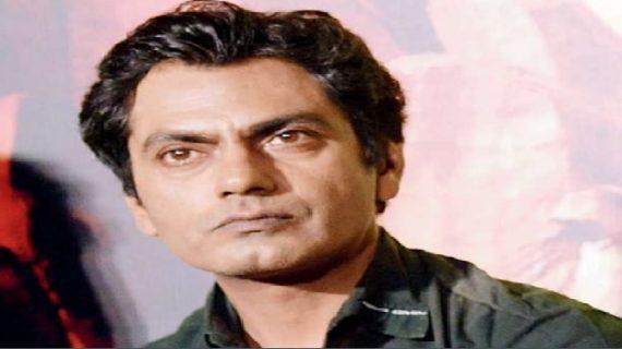 नवाजुद्दीन सिद्दीकी के खिलाफ दर्ज हुआ 2 करोड़ का मानहानि केस