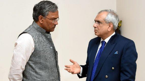 नीति आयोग के उपाध्यक्ष से सीएम त्रिवेन्द्र सिंह रावत ने की मुलाकात