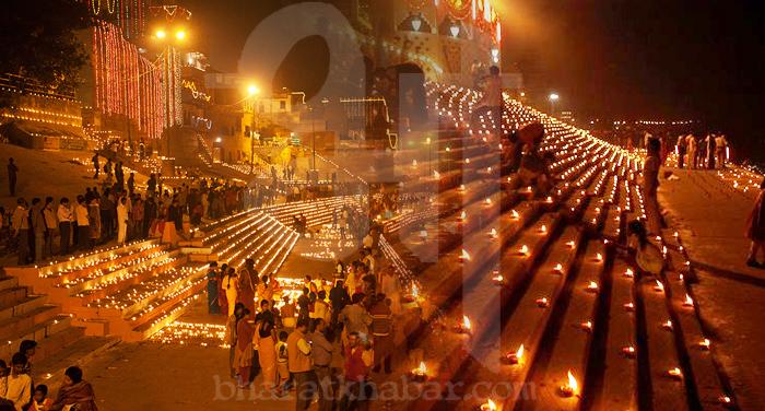 diwali river त्रिपुरासुर के वध के कारण मनाई जाती है देव दीपावली