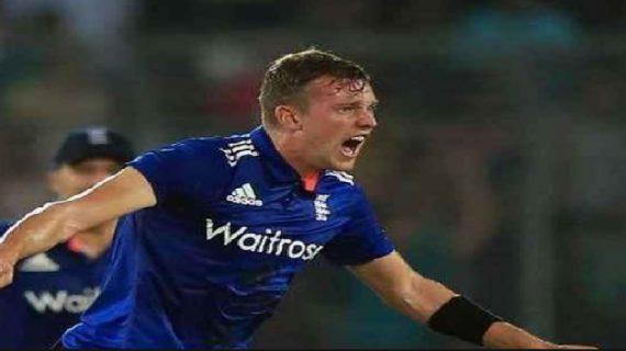 इंग्लिश तेज गेंदबाज जा के बॉल चोटिल