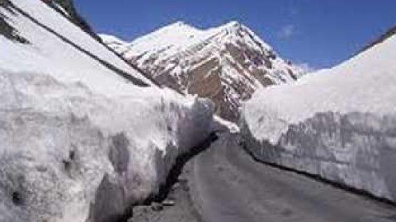 दुर्गम इलाके में बीआरओ ने किया सड़क का निर्माण