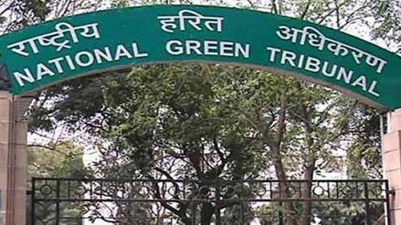 दिल्ली में ट्रकों की एंट्री पर एनजीटी ने साधी चुप्पी, प्रदूषण को देखकर लेगा फैसला