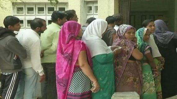 गुजरात विधानसभा चुनाव LIVE: पहले फेज की वोटिंग शुरु, पीएम ने की वोट डालने की अपील