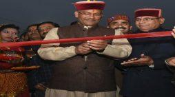 सीएम त्रिवेंद्र सिंह रावत ने कहा खादी लोगों को रोजगार दे रही है