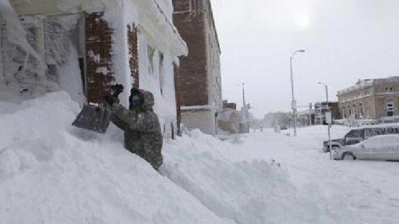 अमेरिका में ठंड ने 131 साल का रिकार्ड तोड़ा
